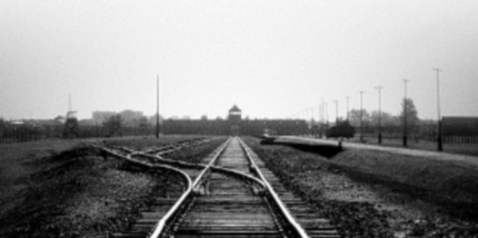 Cerimonia di commemorazione della deportazione degli ebrei alla Stazione Centrale