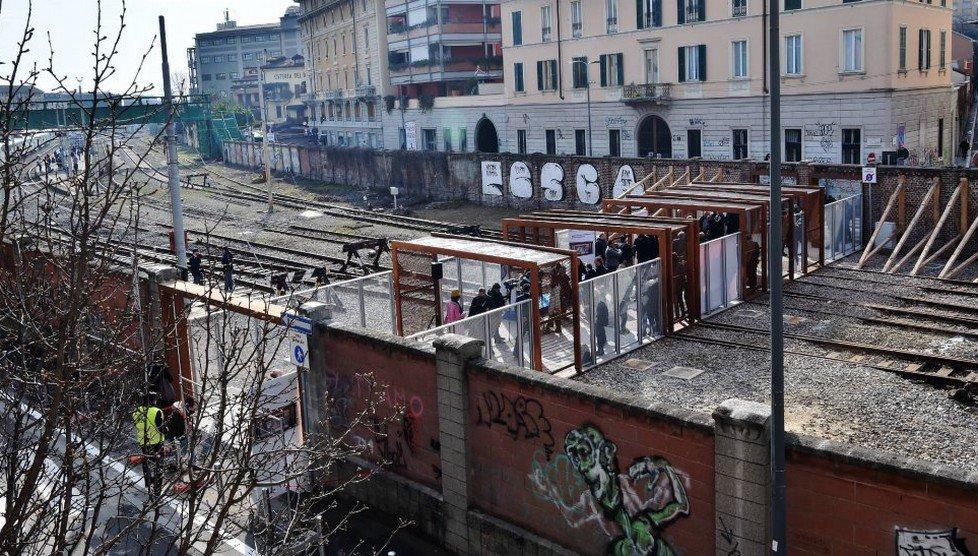 Festa per l 39 inaugurazione della passerella 39 biki 39 a porta - Carabinieri porta genova milano ...