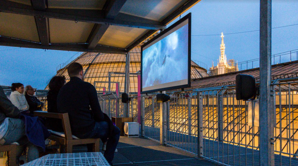 Cinema Bianchini sui tetti della Galleria Vittorio Emanuele II