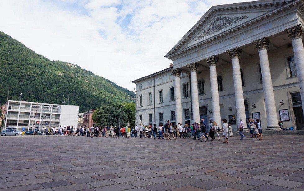 Festival Internazionale di Poesia di Como a Villa Gallia