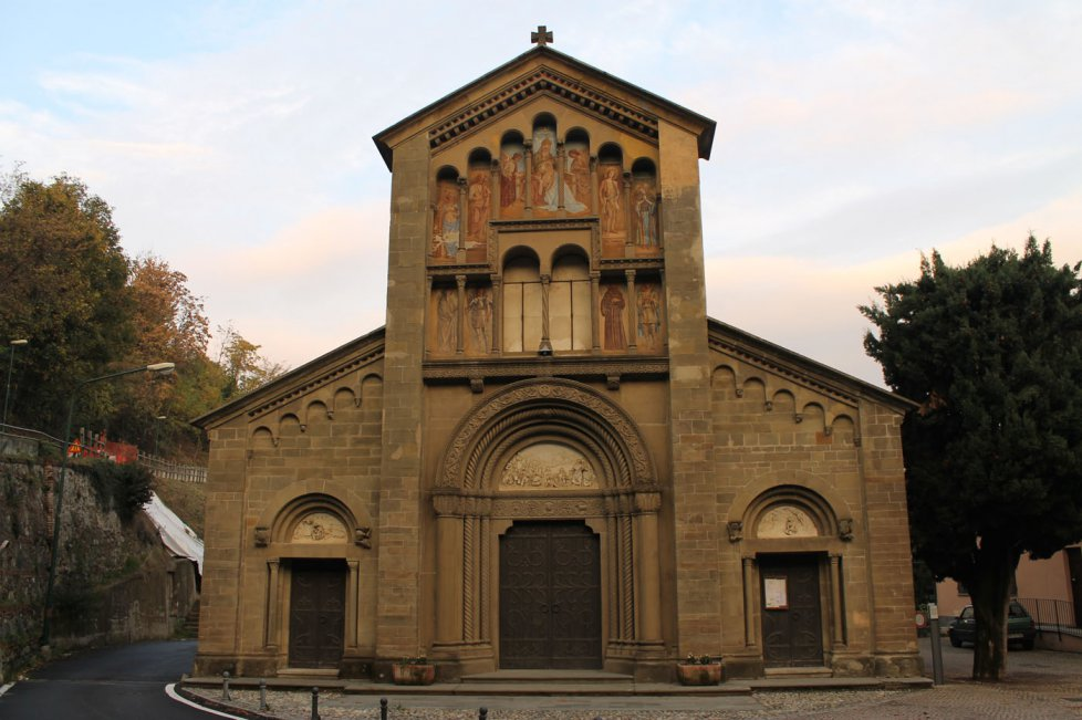 Chiesa di San Genesio a Castagneto Po