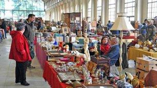 Torna il mercato antiquario nella cattedrale di via for Mercato antiquariato lucca