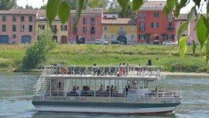 La motonave della crociera sul  Ticino