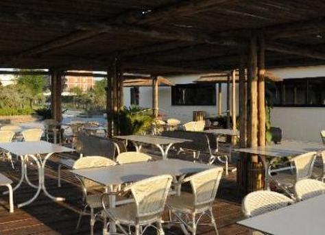 Bagno Montecarlo - La playa del sol
