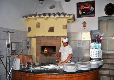 Pizzeria La Vecchia Fonte