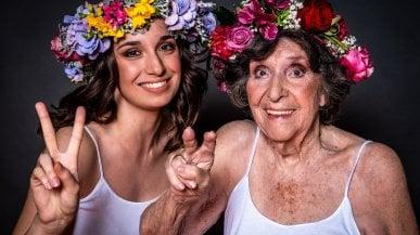 Trucco, fiori e sorrisi: come è bella la vita nella casa di riposo
