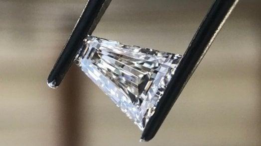"""Dai pannelli solari ai diamanti artificiali: vi spiego quanto vale un gioiello a impatto zero"""""""