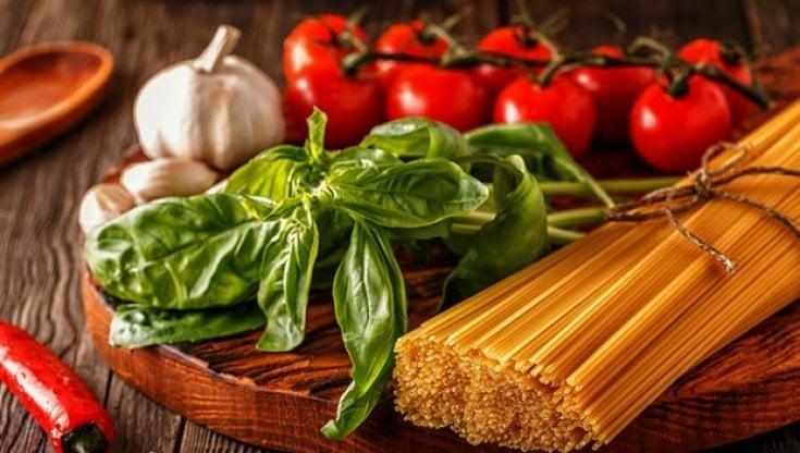 Dieta mediterranea: fa bene (anche) contro lAlzheimer