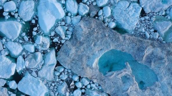 Groenlandia, la temperatura dei ghiacci? Gli scienziati la misurano con la fibra ottica