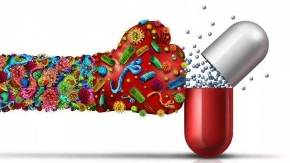 Covid, antibiotico resistenza in aumento con la pandemia