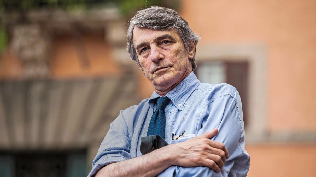 """Sassoli è ricoverato per una polmonite ma è negativo al Covid 19. Il presidente del Parlamento europeo è in ospedale a Strasburgo da mercoledì scorso. """"Le sue condizioni sono buone"""""""