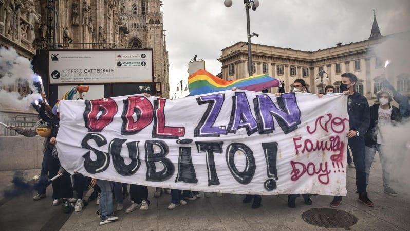 Riparte la discussione sul Ddl Zan: tra giravolte e incertezze dei leader, ecco cosa succede