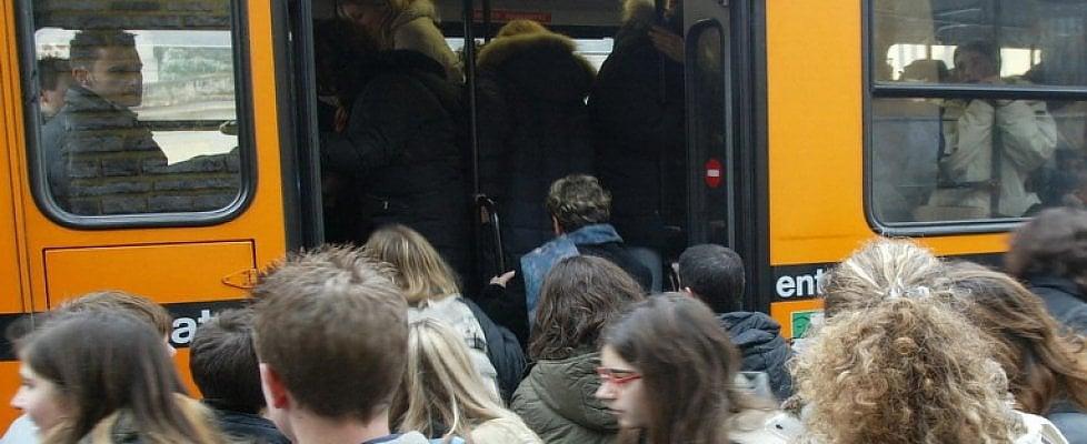Se le ferrovie prendono l'autobus