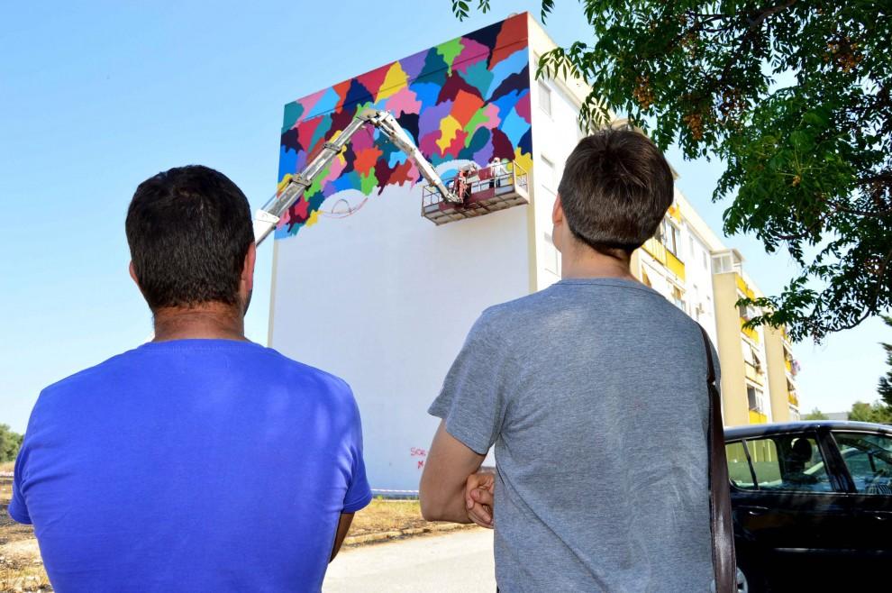 """La street art colora la periferia al via il progetto """"Enziteto real estate"""""""