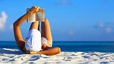 Biblioteche sul mare la mappa dei lidi  dove è possibile prendere in prestito i libri  di ANNA PURICELLA