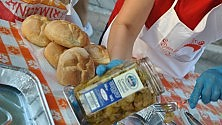 Estate tempo di sagre a Giovinazzo per la festa  c'è il panino della nonna