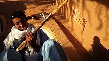 La rivelazione Bombino  alla Notte della Taranta i canti salentini  nella lingua dei tuareg