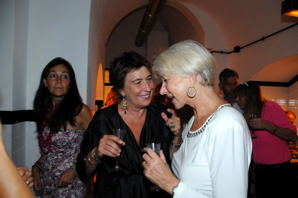 Un sorso di Hollywood in Salento, apre il wine bar di Helen Mirren