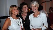 Un sorso di Hollywood  nella farmacia di Tricase apre il wine bar  di Helen Mirren -  Foto