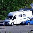 La moglie gli sfila accapatoio durante una lite  uomo rimane nudo  in campeggio: denunciato