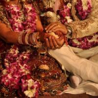 """""""Fermate le nozze bollywoodiane"""", l'ombra dei marò sul matrimonio da favola della figlia..."""