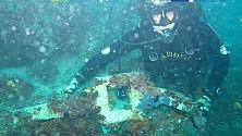 Un tesoro nei fondali -     Ft       i resti dell'ancora romana   salvati a Taranto -  Video