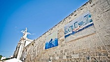 Uno sguardo verso l'alto a Lecce le foto in mostra sono sui palazzi -  Foto