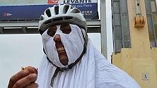 """Flash mob dei ciclisti """"Noi, vittime della strada siamo come fantasmi""""    Le foto   -   Il video      di FRANCESCA RUSSI"""