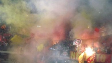 Fumogeni e striscioni per Genny a' carogna la Digos arresta ultrà del Lecce