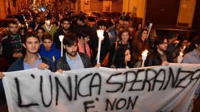"""Al Libertà una fiaccolata per Florian  """"Qui la mafia non vincerà"""" -  Foto"""