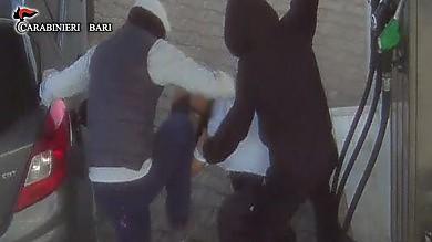Sette rapine in tre mesi -    Foto    /    Video    in manette la gang del San Pio: 4 arresti