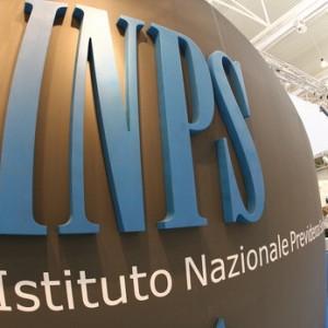 Dall'Albania di passaggio in Italia solo per beccare la pensione solciale, 33 denunce