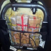 Lady eroina fermata al porto,<br />nel sedile dell'auto 11kg di droga