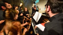 Un concerto da Guinness in 18 al  pianoforte/ Video    di ANNA PURICELLA