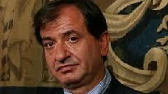 Cascella litiga col segretario generale del comune for Cascella arredamenti torino