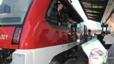 """La truffa dei treni più cari del mondo   22 milioni. """"Sospetti su tangenti ai politici"""""""