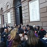 """""""No agli immigrati al Libertà""""  la protesta contro il trasferimento degli abusivi di Santa Chiara    Video"""