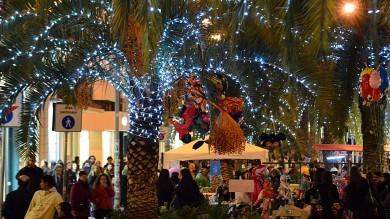In centro si accendono le luci di Natale  dal 30 novembre negozi aperti no stop -  Ft   di FRANCESCO PETRUZZELLI