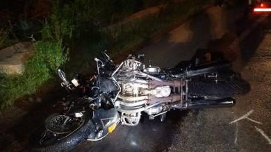Si scontrano con un'auto    Foto    muoiono due motociclisti