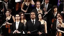 """""""Muti for president""""  il maestro conquista  il teatro Petruzzelli """"Il mio amore per l'opera  è nato a Bari""""  -   Le foto"""