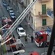 Incendio in un appartamento  a Foggia anziano salvato  dai vigili del fuoco -  Foto