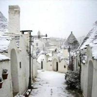 Maltempo, la neve imbianca la Puglia