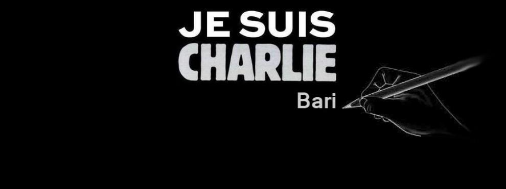 Con un foglio e una matita in strada, anche Bari e Lecce gridano #JeSuisCharlie