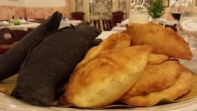 Panzerotti black and white   di S. GIOIA