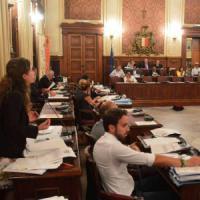 Troppe commissioni consiliari al Comune di Bari, indaga la procura