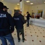 Banditi si fingono fattorini -    Ft    e rapinano una banca a Japigia