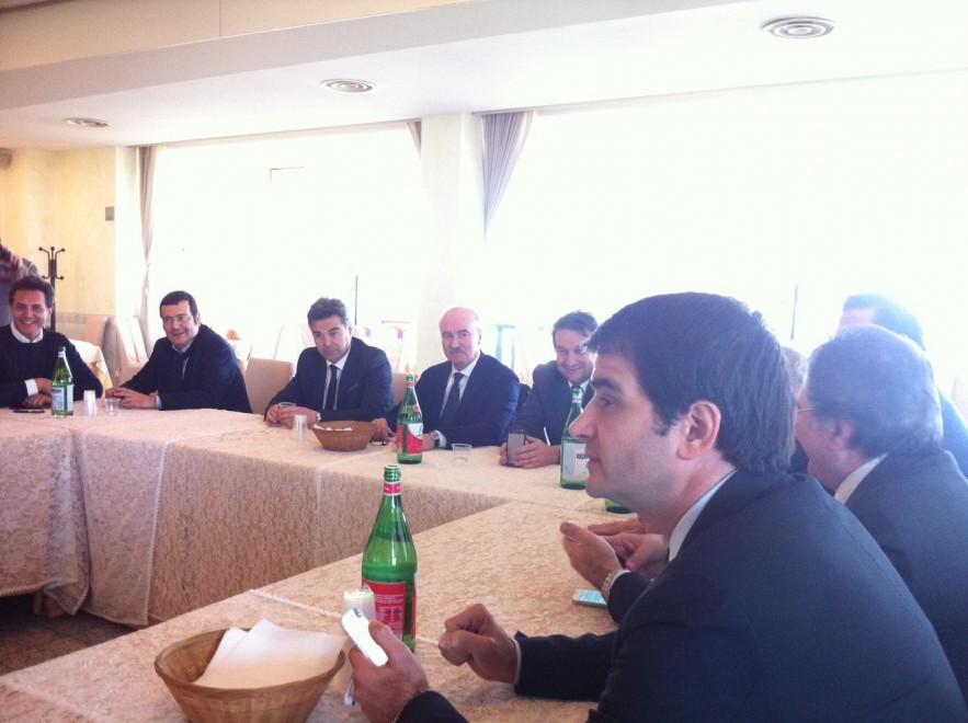 Regionali, Fitto vola in Puglia: riunione decisiva in un hotel del Brindisino
