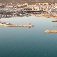 Cadavere in mare a Manfredonia, forse pescatore scomparso