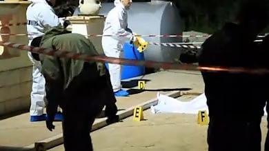 Pregiudicato freddato con due fucilate nel giardino della sua villa a Vieste -   Video