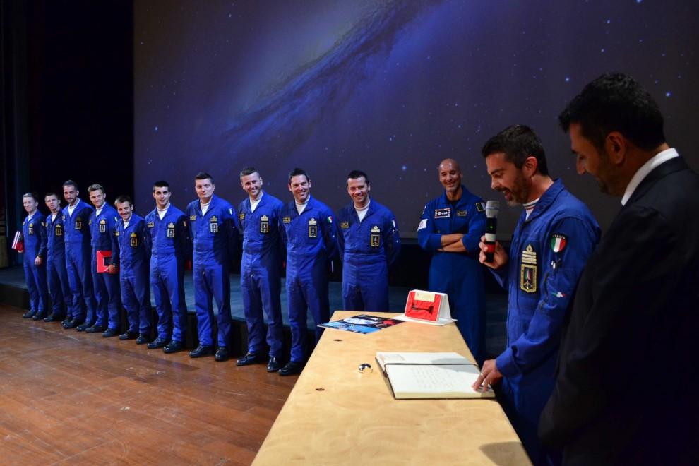 Bari, le chiavi della città all'astronauta Luca Parmitano